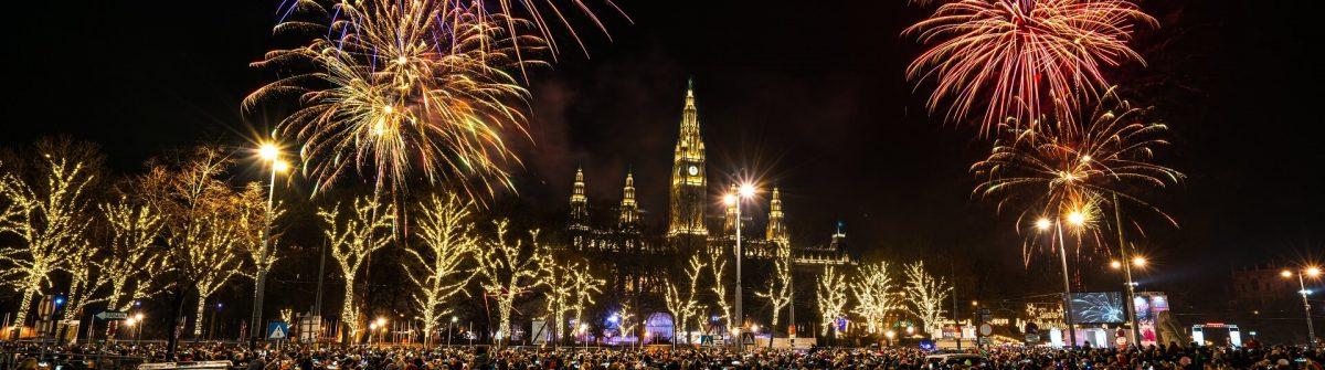 Silvester-Feuerwerk-in-Wien-iStock-900581042