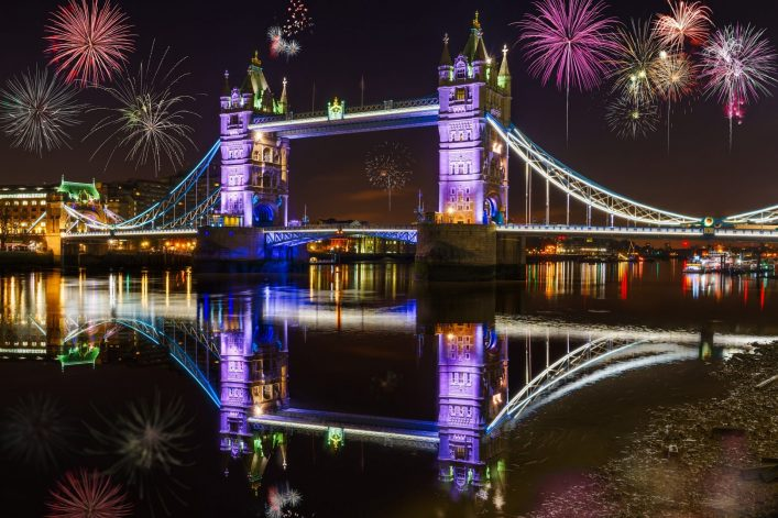 Tower-bridge-with-firework-celebration-of-the-New-Year-in-London-UK_shutterstock_540151606_klein-e1539260035796