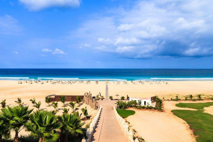 beautiful-view-on-beach-and-ocean-boavista-cape-verde-istock_000055797864_large-2