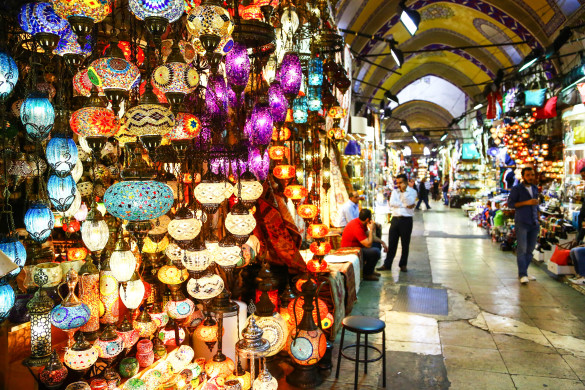 Light store in Grand Bazaar of Istanbul, Turkey