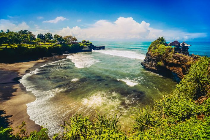 Wide Agnle view of Tanah Lot Temple, Bali Island, Indonesia