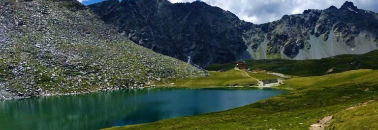 österreich wandern berge bergsee