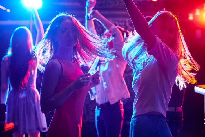 Women, dance, night club