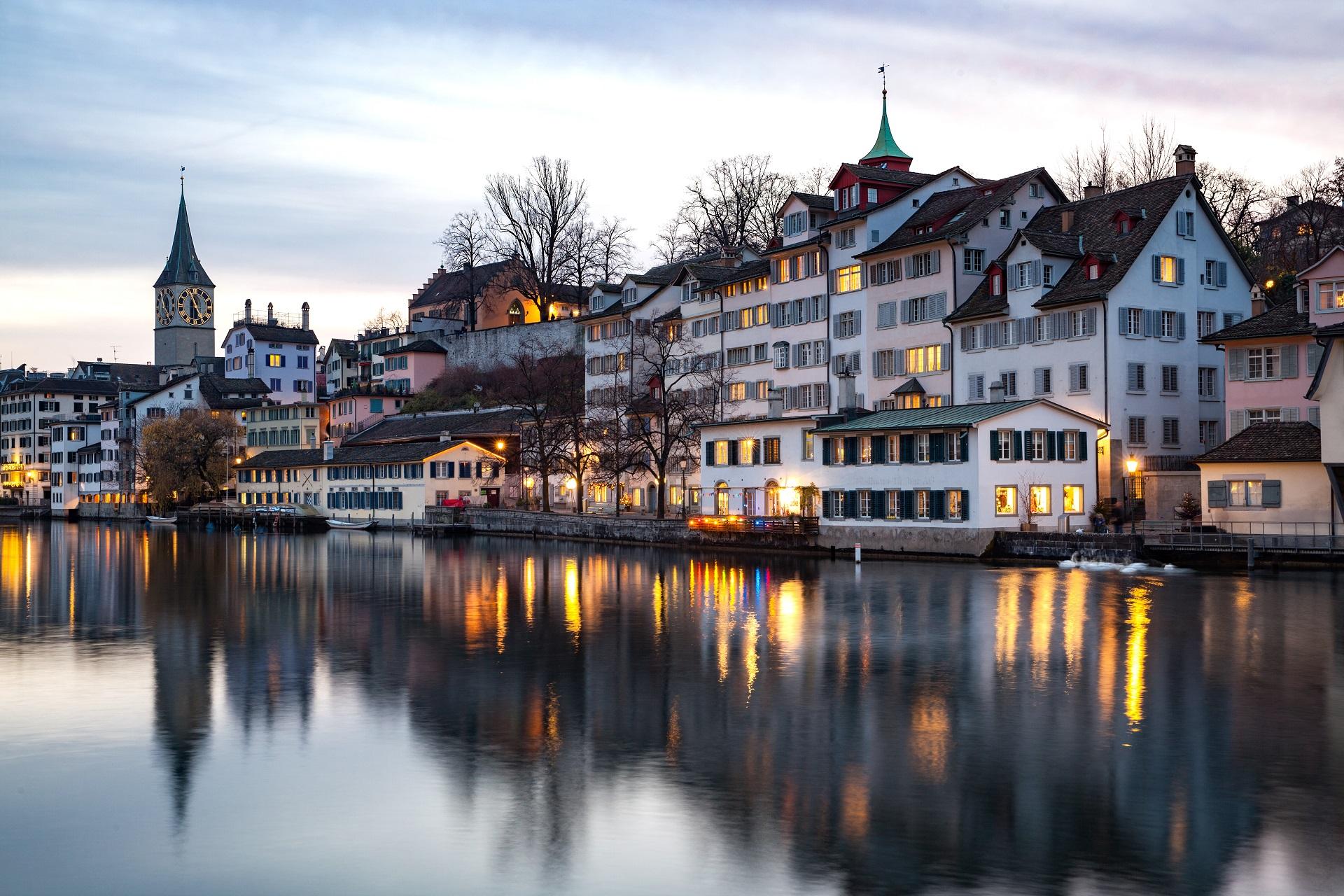 Zürich bei Dämmerung