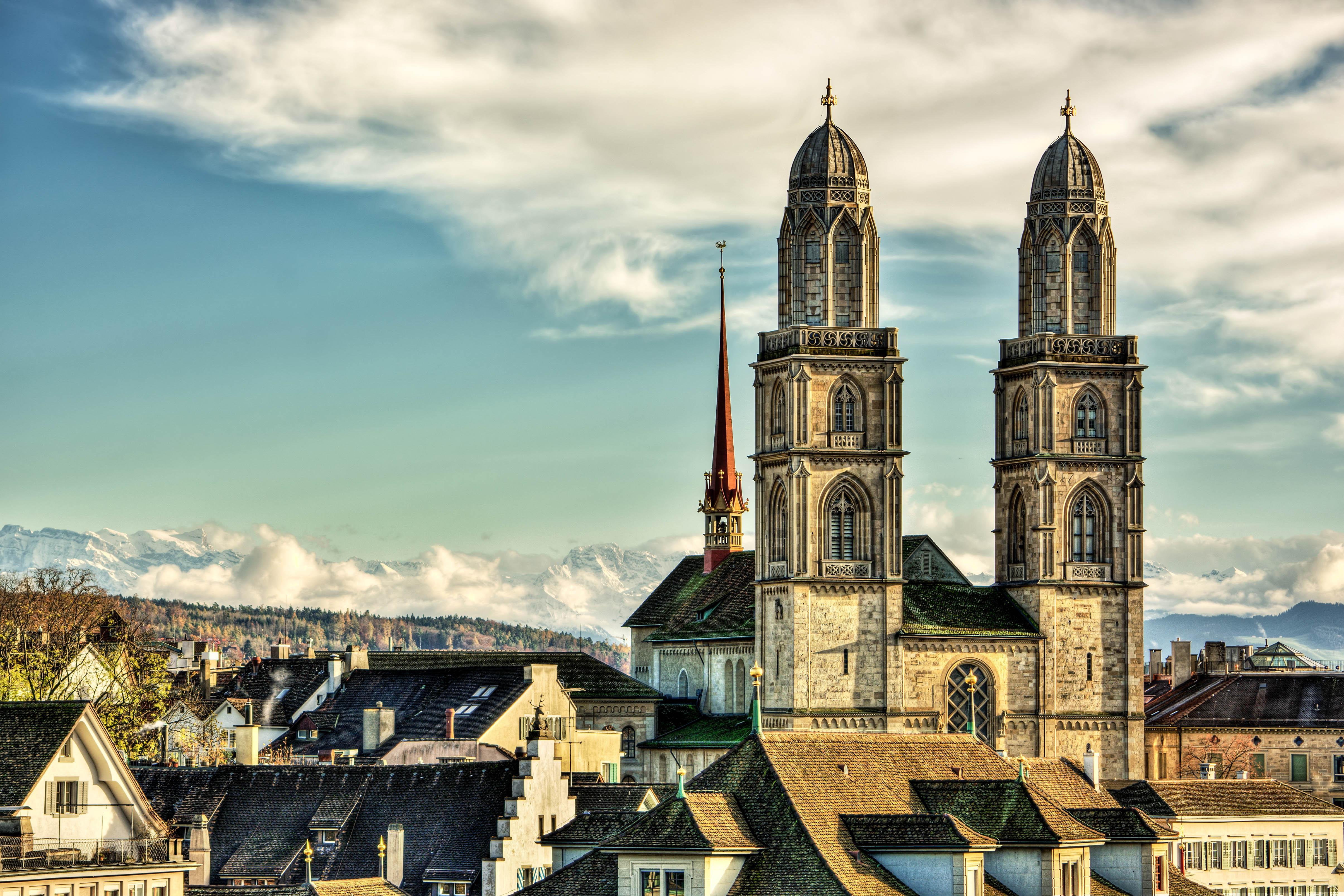 Die Kirche Großmünster in Zürichs Altstadt