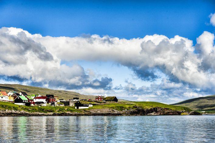 Bunte Häuser auf Sandoy