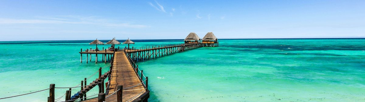 Jetty-Lounge-Bar-on-Zanzibar-iStock-643625326-2