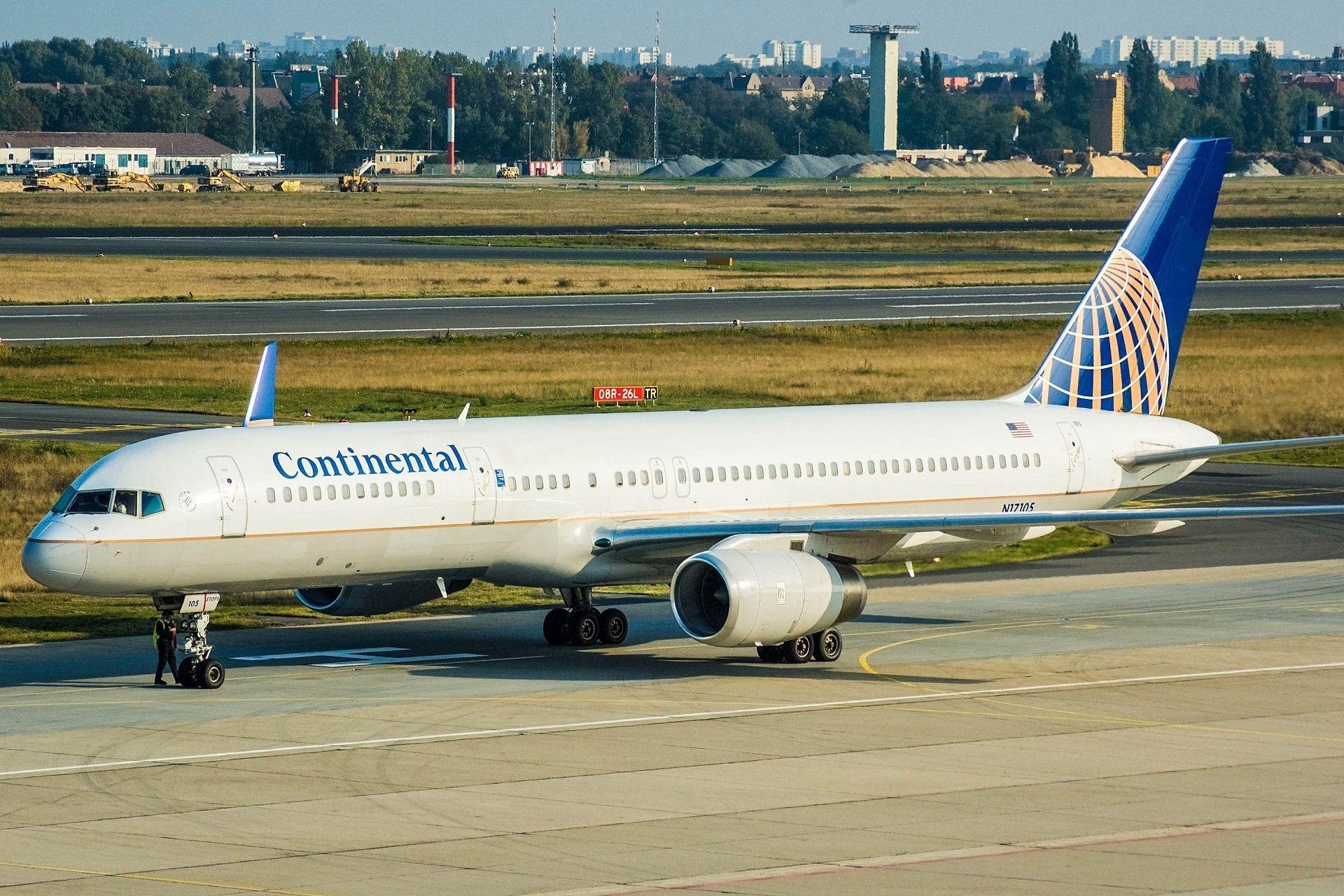 Continental Flugzeug - A320.