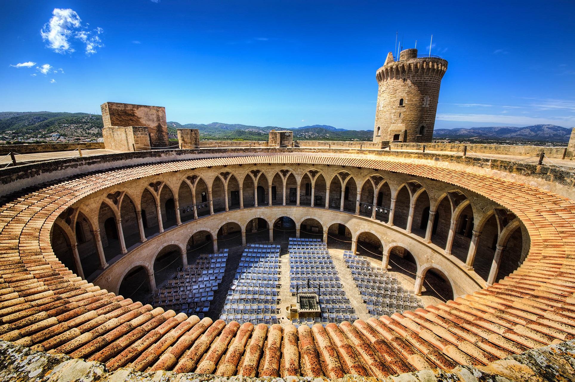 Die Festung Castell de Bellver in Palma de Mallorca.