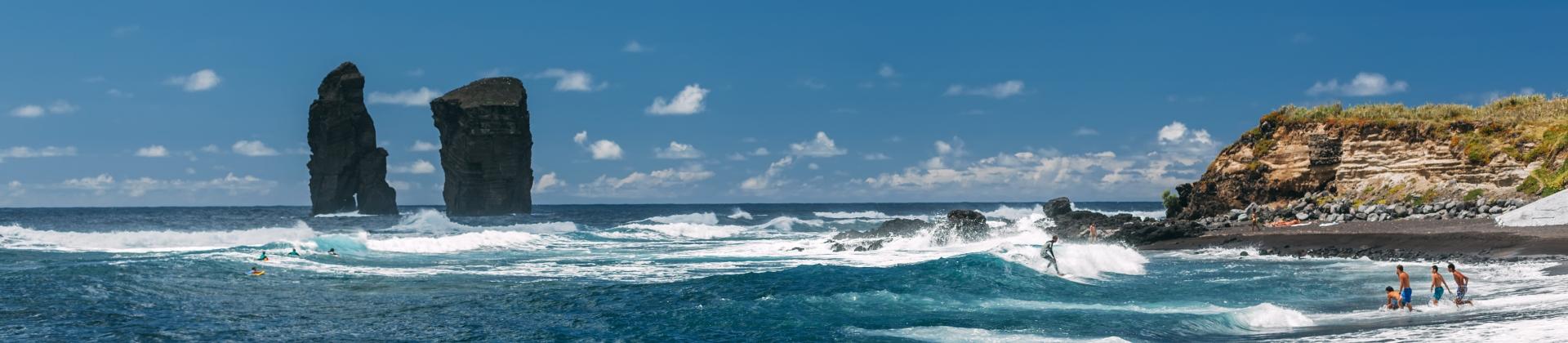 Badeurlaub am Strand Praia dos Mosteiros auf Sao Miguel