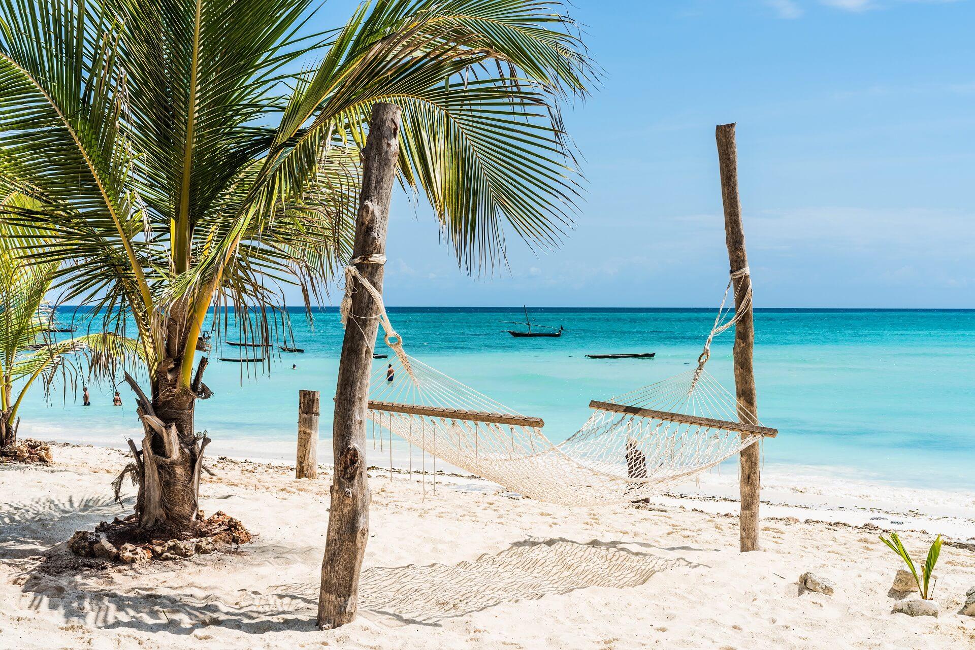 Mit viel Strand und Meer ist der Lebensstil der Sansibarer sehr entspannt