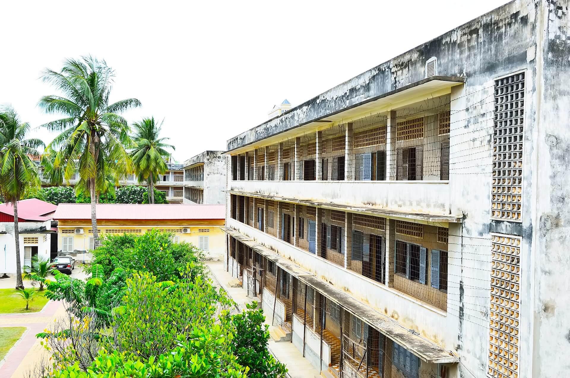 Das Gefägnis 21 in einer ehemaligen Schule