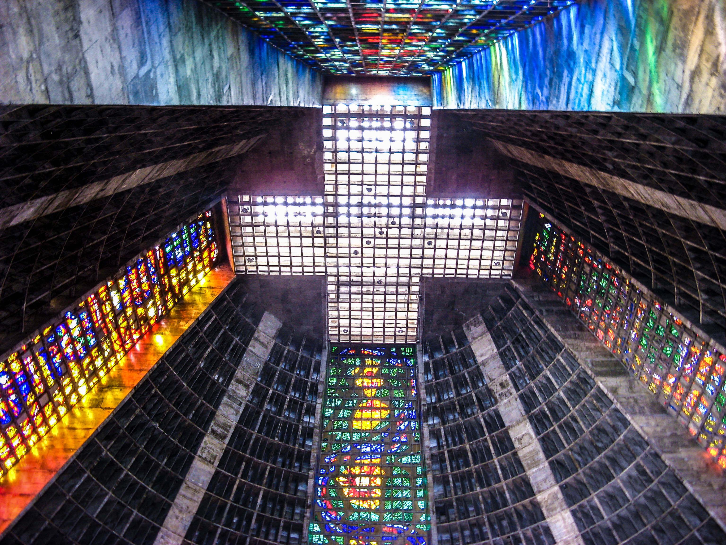 Die Catedral Metropolitana in Rio de Janeiro ist faszinierend
