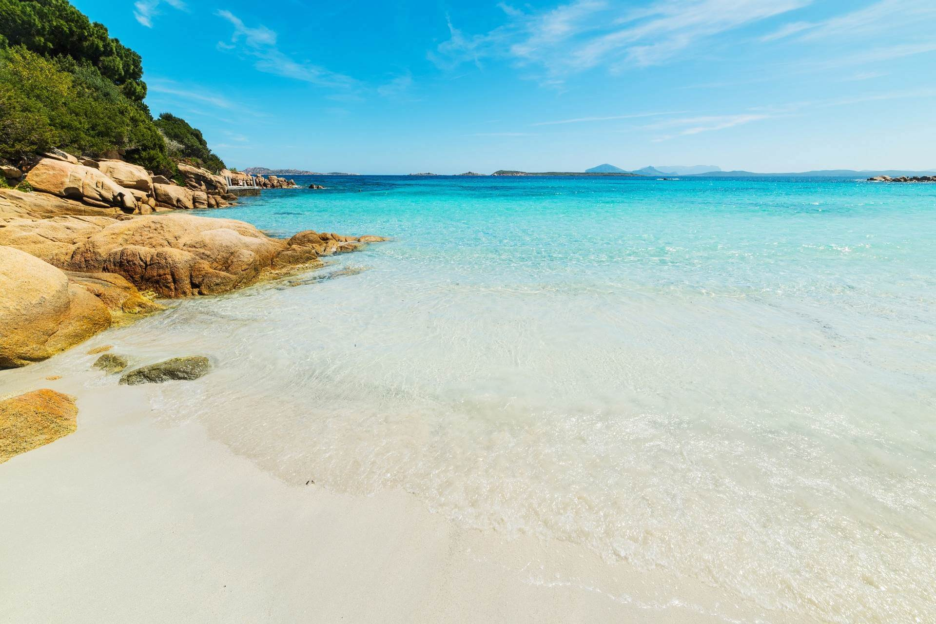 Capriccioli Strand auf Sardinien