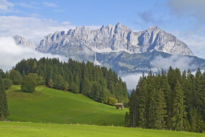Herrschaftliches Kaisergebirge in Österreich.