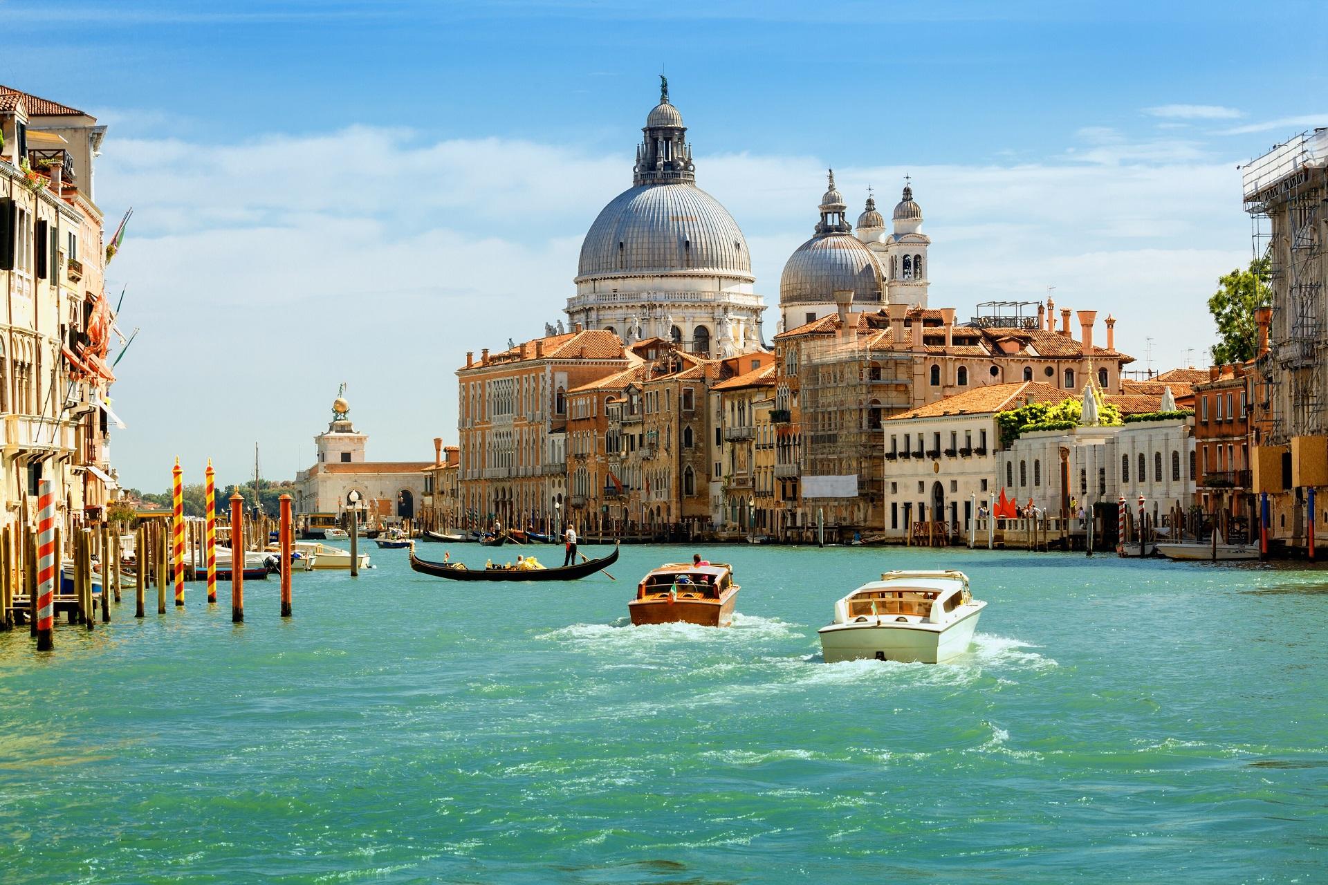 Die schöne Hafenstadt Venedig