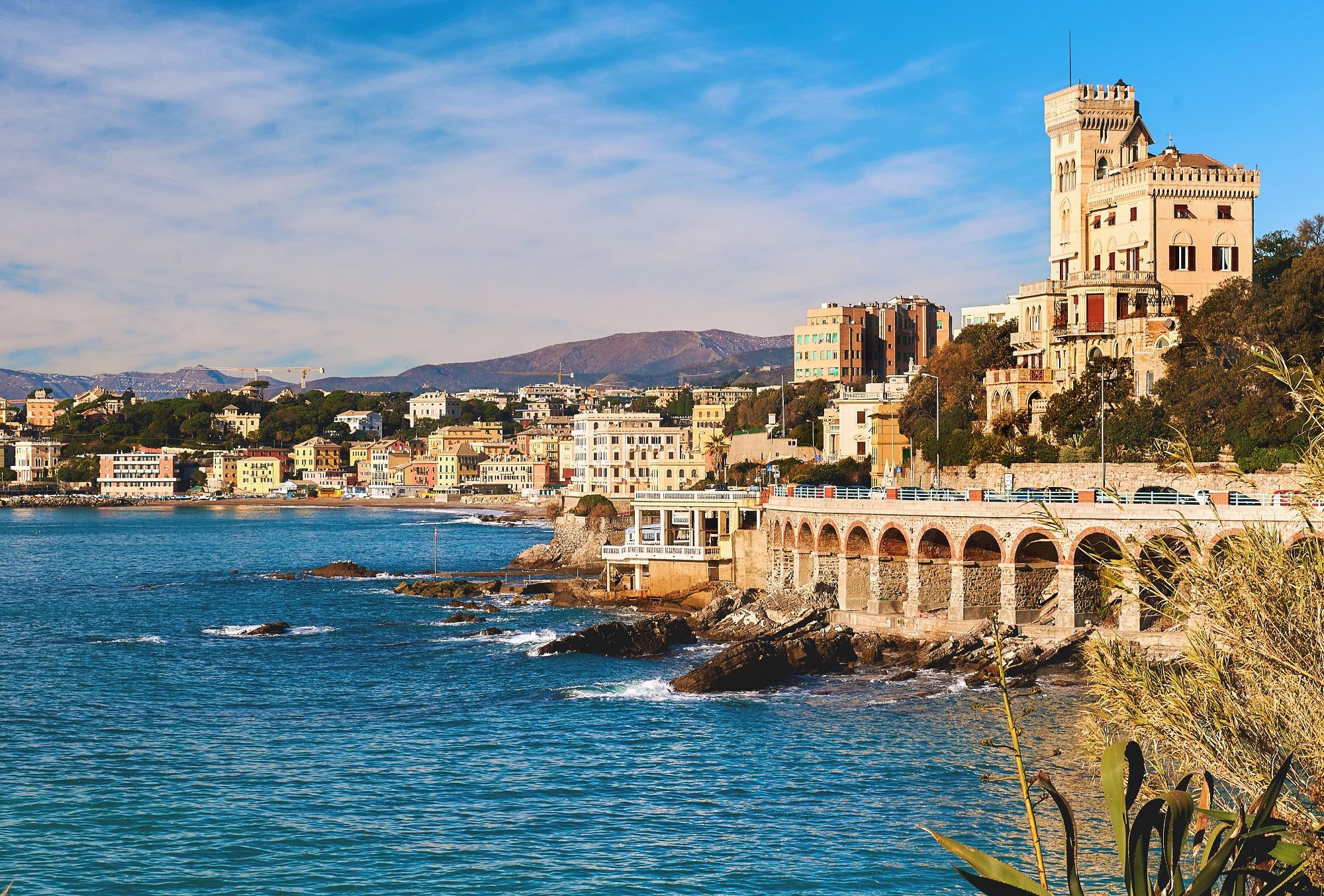 Die Küste vor Genua in Italien