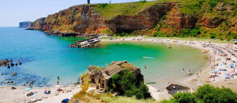 shutterstock_461676160_Bolata beach Bulgaria. Famous bay near Cape Kaliakra_1920x1280_tiny Header