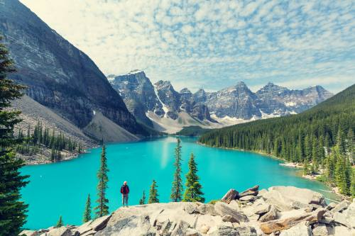 Beautiful-Moraine-lake-in-Banff-National-park-Canada_shutterstock_440874109