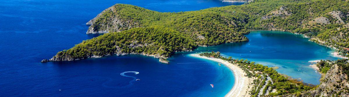Blaue Lagune mit Öludeniz Strand