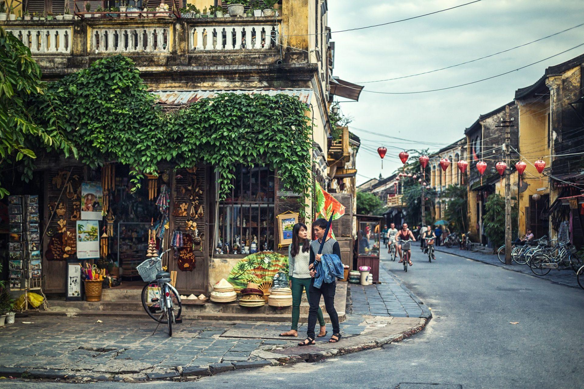 Die Straßen in Vietnam bieten euch viele Sachen, die ihr entdecken könnt