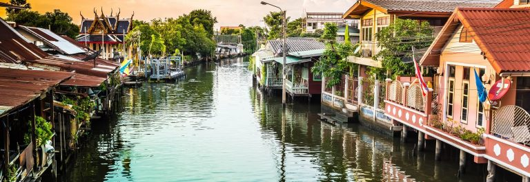 Community-canal-in-Bangkok-Thailand-shutterstock_517346881