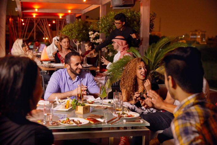 021116_Bahrain_03_BTEA_Lively_Restaurant_0461-1