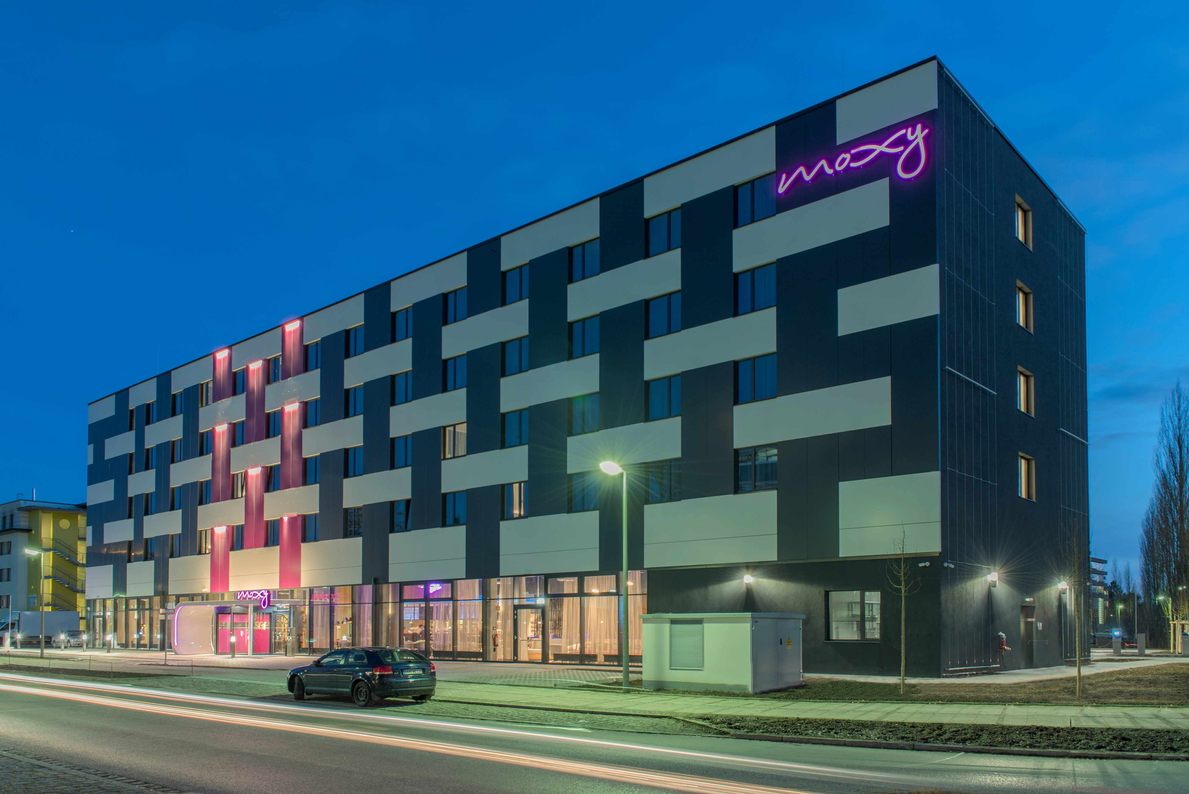 HE Moxy Munich Messe