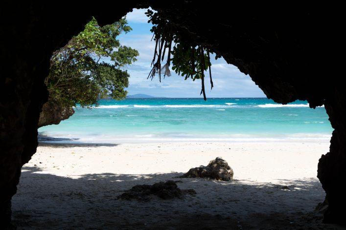 Find-hidden-beaches_shutterstock_598494737