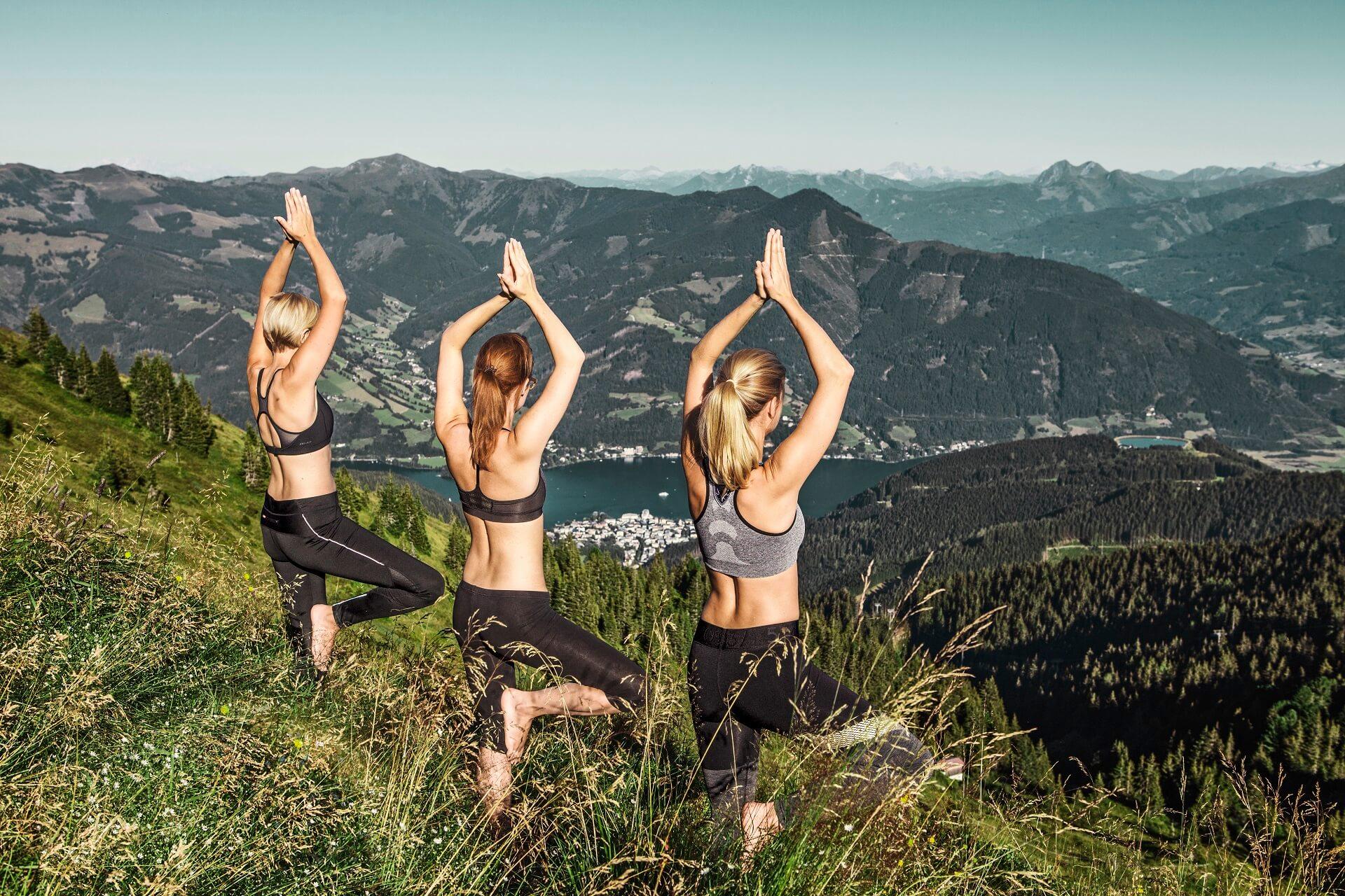 Yoga am Berg auf der Schmittenhöhe