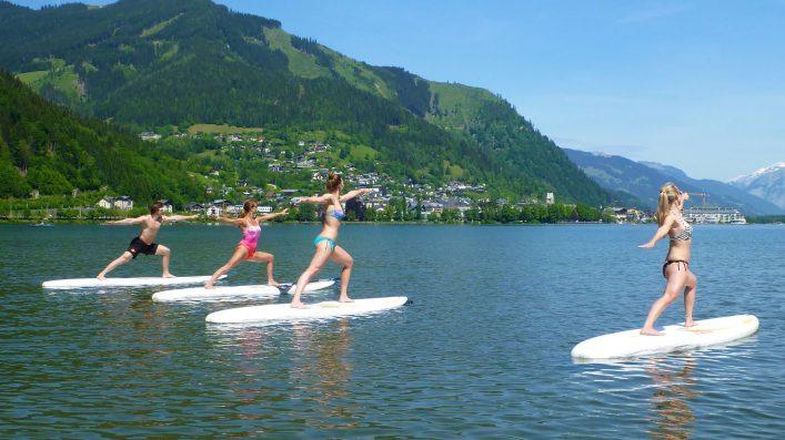 Yoga-am-Stand-Up-Paddle-am-Zeller-See_c-Zell-am-See-Kaprun-Seidl