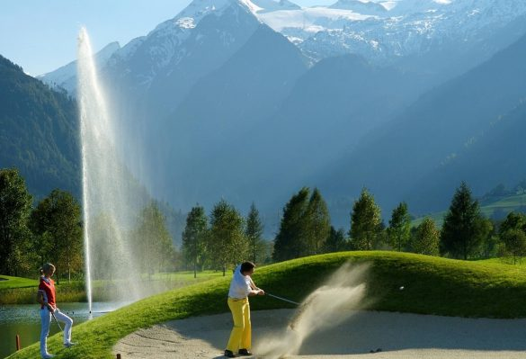 golfen-mit-panorama_golfing-with-a-scenic-panorama_gia-c-albinn06neu-AlbinN-1