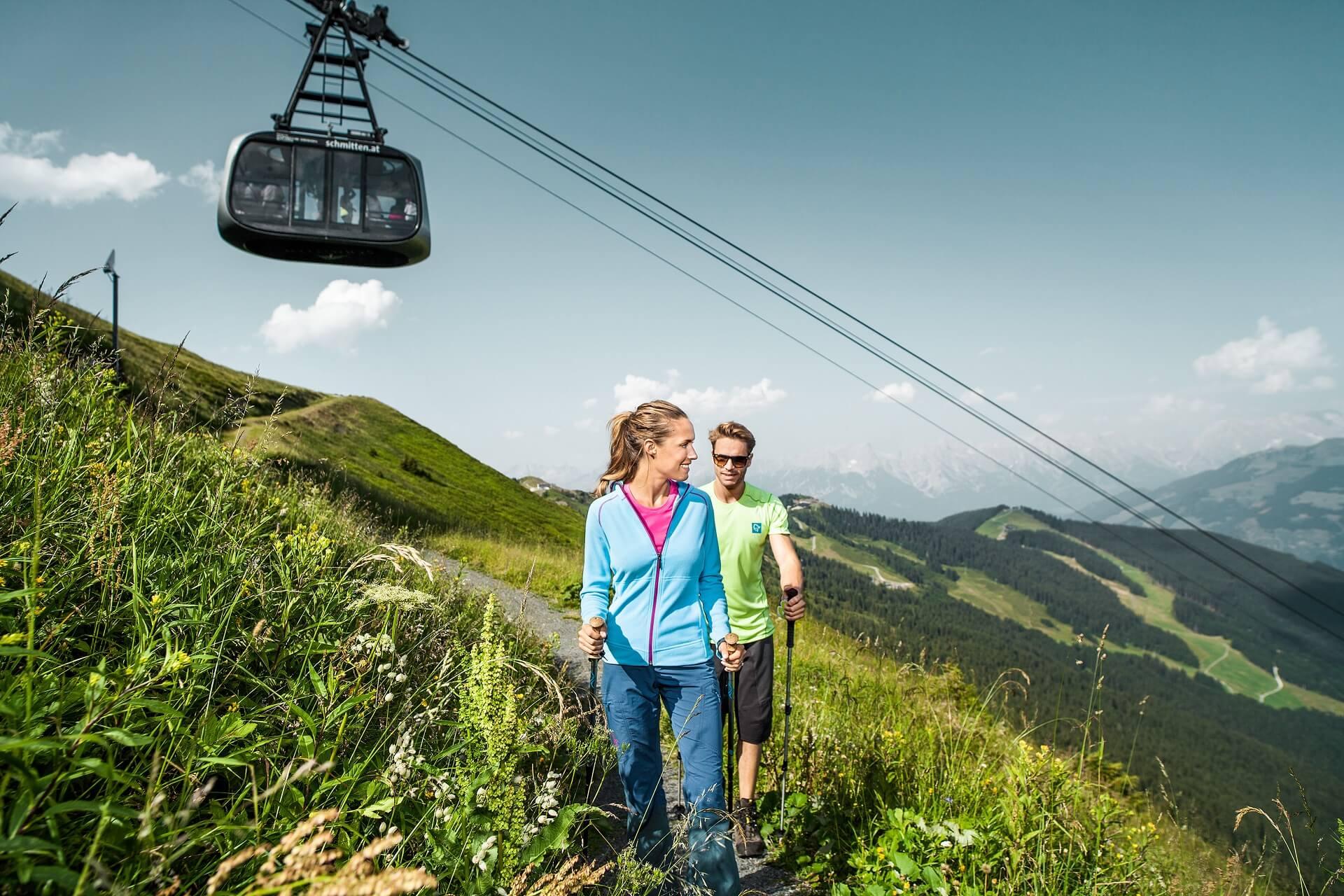 Im Sommer beim Wandern auf der Schmittenhöhe