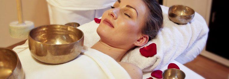 wellness-285591_1920-massage