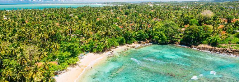 Blue-lagoon-View-from-the-Dondra-Lighthouse-Sri-Lanka-iStock_000068521327_Large-2