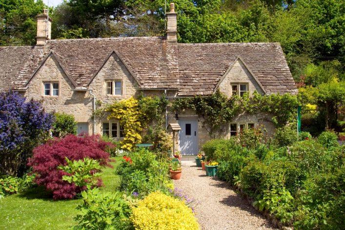 Bibury-in-England-iStock-452735871