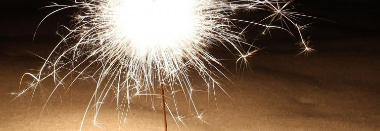 sparkler-585586_1920-silvester-schnee