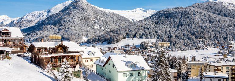 Davos-Oesterreich-shutterstock_549049873