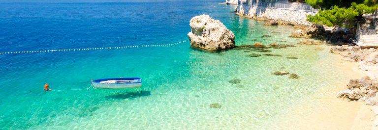 kroatien_strand_meer_boot_382579777