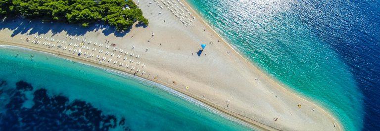 zlatni-rat-beach-bol-brac-island-dalmatia-croatia-istock_000045633484_large-21-e1529497518336