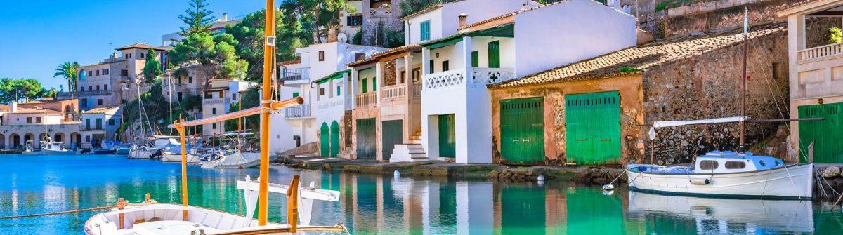 Cala-Figuera-Mallorca-shutterstock_1120073825