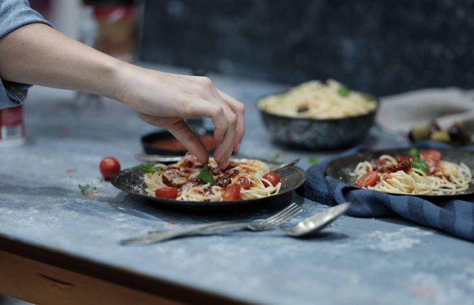 Italienische-Kueche-italian-cooking-pasta-rithwick-pr-514678-unsplash