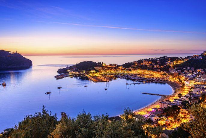 Mallorca-Port-De-Soller-iStock_000025266857_Large