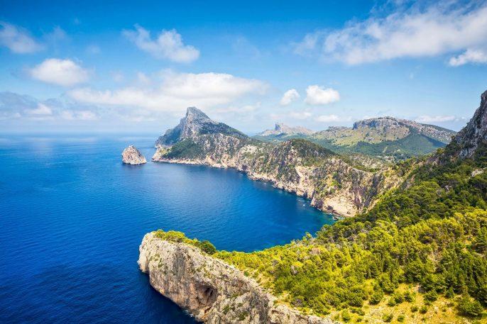 Mirador-es-Colomer-Cap-de-Formentor_Mallorca-iStock-465609775-1