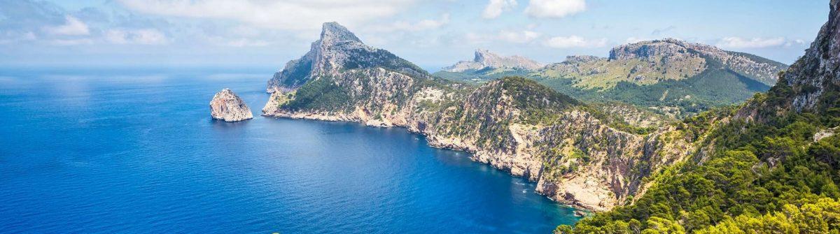 Mirador-es-Colomer-Cap-de-Formentor_Mallorca-iStock-465609775