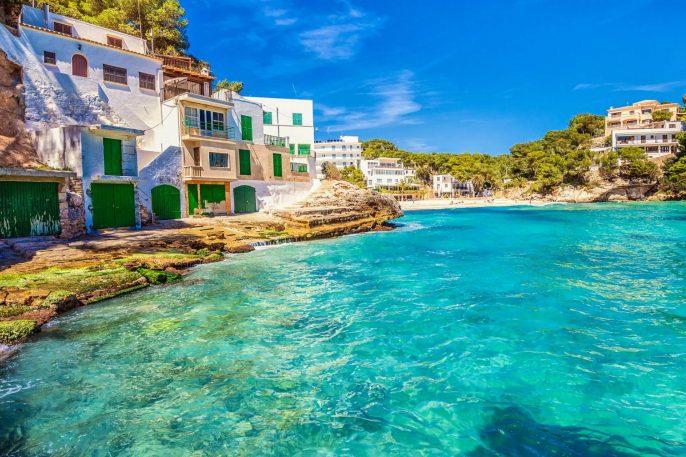 Playa-Santanyi-Mallorca-iStock_28325098-small-1