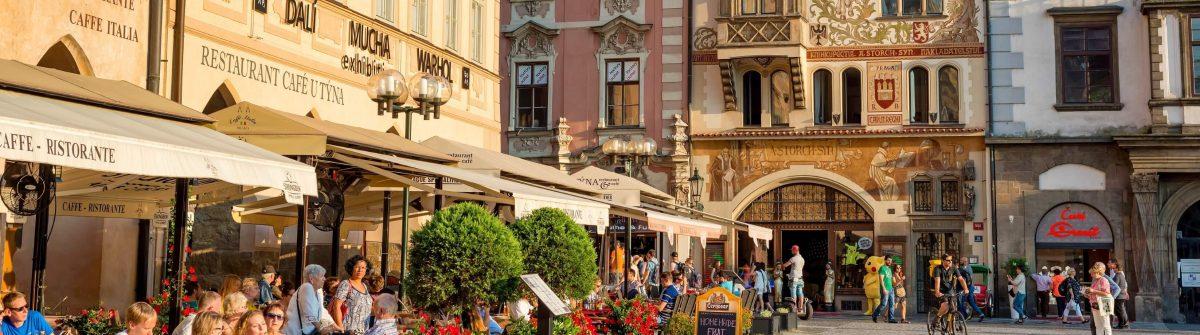 Altstadt-Prag-EDITORIAL-ONLY-Kirillm-iStock-961080446