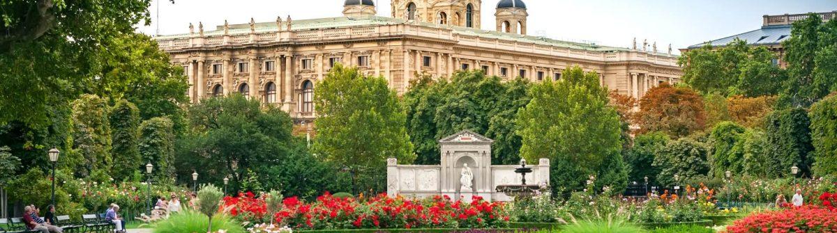 Volksgarten-Wien-shutterstock_376897447