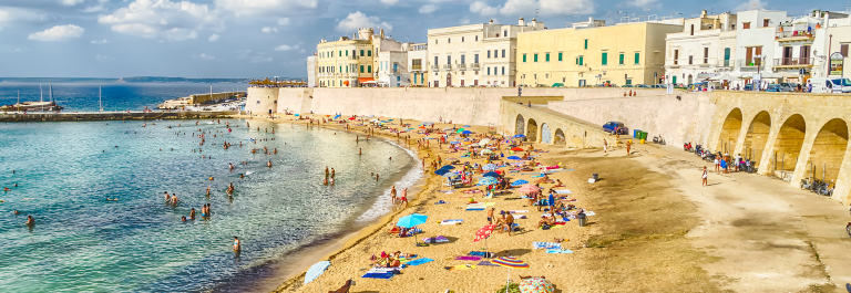 Gallipoli-Apulia-shutterstock_373623526