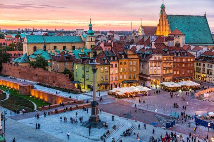 Altstadt von Warschau am Abend